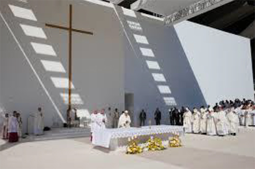 """Witness to Christ with love"", Pope Francis told the United Arab Emirates Catholic Community"